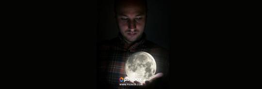 Creative Manipulation Tutorial – Full Moon